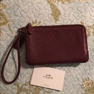 Coach Small Wristlet - very good condition